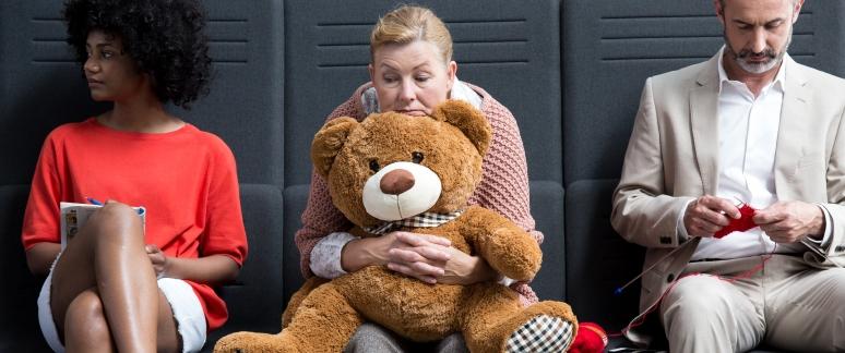 señora pensativa teddy bear shey-1
